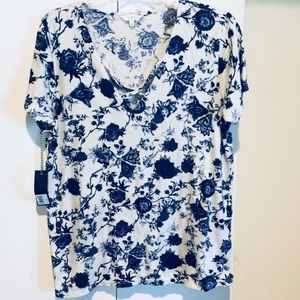Lucky Brand NWT White Tee w Blue Rose Print